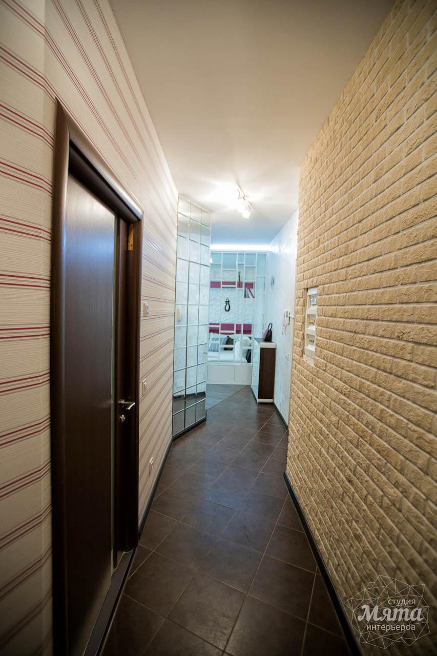 Дизайн интерьера и ремонт трехкомнатной квартиры по ул. Попова 33а 20