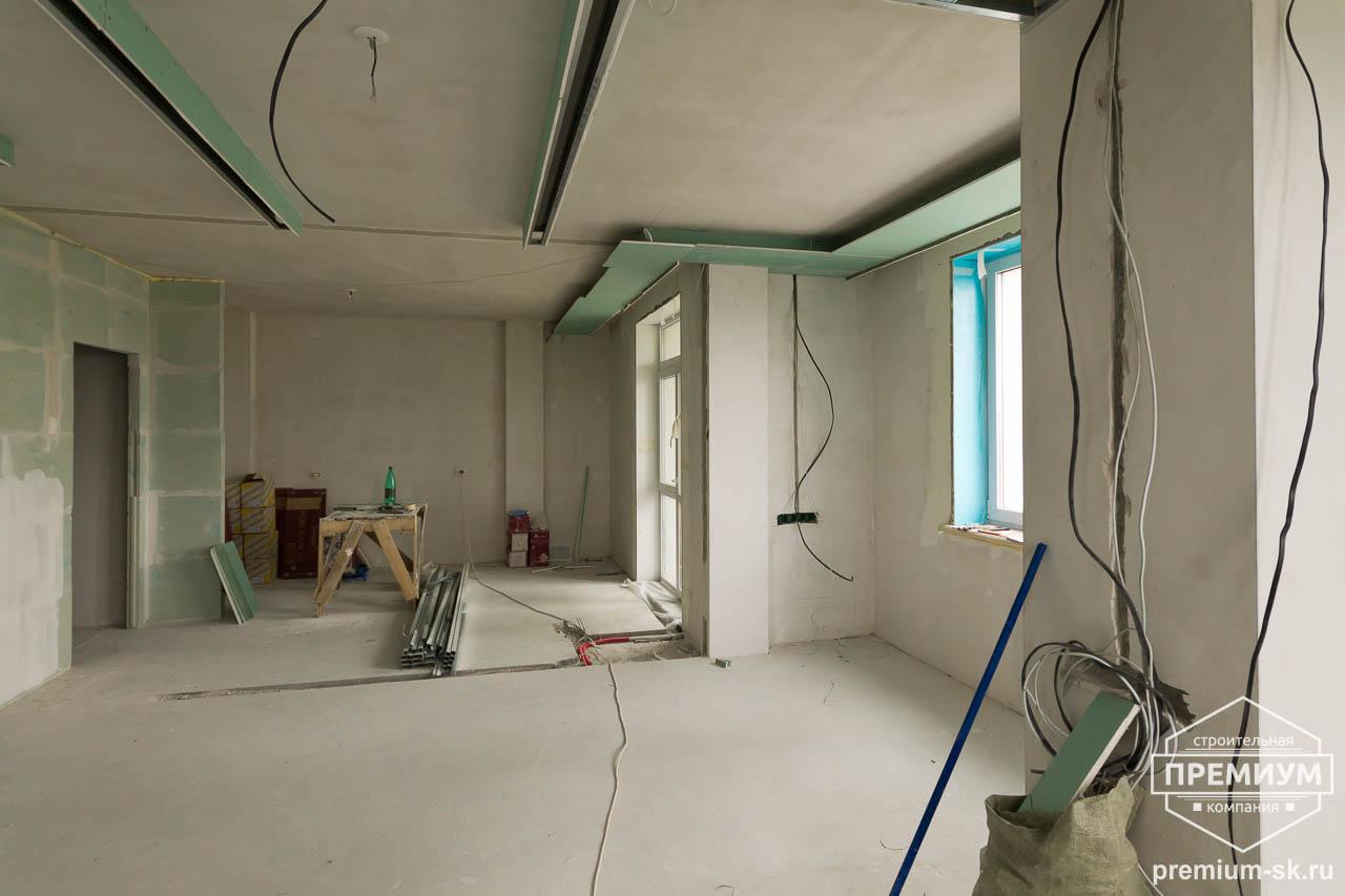 Дизайн интерьера и ремонт трехкомнатной квартиры по ул. Татищева 49 63