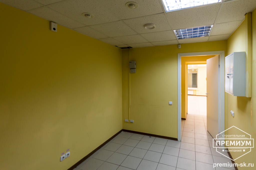 Дизайн интерьера и ремонт офиса по ул. Шаумяна 93 21