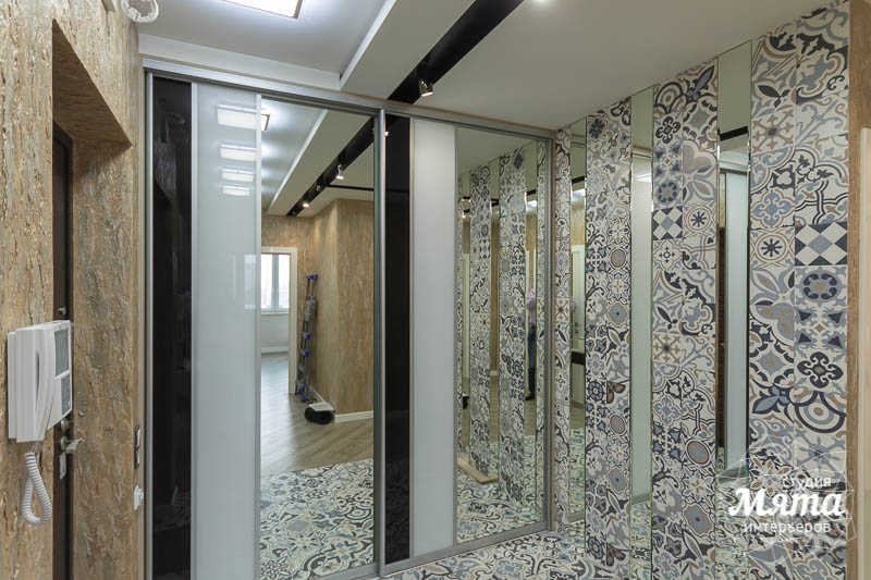 Дизайн интерьера и ремонт трехкомнатной квартиры по ул. Татищева 49 52